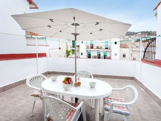 2 bedroom Villa with WiFi and Walk to Beach & Shops - 5790775