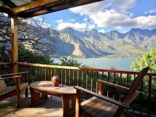 Lakefront Chalet | Hotel Chi-Ya