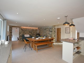 75025 Barn situated in Aberdovey (7.5mls N)