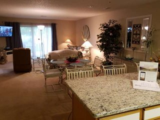 NEWER KITCHEN APPLIANCES!! Great Ground-Floor Condo Near Golf & Hwy 76. Indoor/O