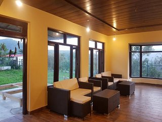 The Mountford's Arcadia - Luxurious Cottage 2 Bedroom - Nainital