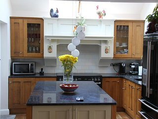BOURNECOAST: DETACHED FAMILY HOLIDAY HOME LOCATED NEAR TO THE BEACHES - HB6214