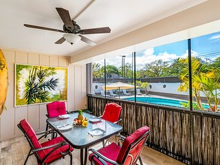 ***Rates Reduced *** 2BR 2BA condo Kona Plaza 112, Free A/C, walk to beach, In t