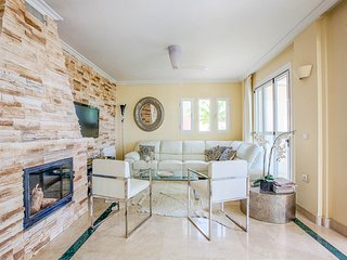 San Agustin des Vedra Villa Sleeps 10 with Pool and Air Con - 5790884