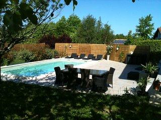 Spacieuse villa Basque avec piscine au sel plages et commerces a proximité
