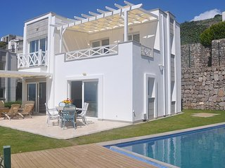 Bodrum Villa Sleeps 6 with Pool Air Con and WiFi - 5790955