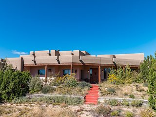 Expansive and Luxurious! On acreage! Mountain views!