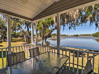 NEW! Waterfront Resort Home - 13 Mi to Siesta Key!