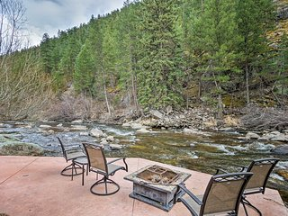 Home w/Patio+Deck on Big Thompson Riverfront