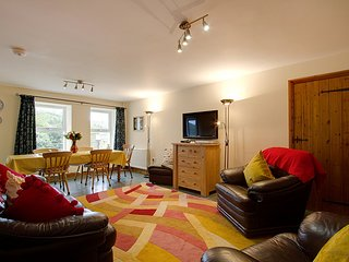 Old Travellers' Rest - Stunning Renovation Sleeping 5 in Duddon Valley, Cumbria