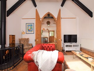 74799 Cottage situated in Torquay (1.5 mls N)