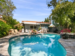 2/2 Garden Oasis w/ Heated Salt water Pool & Spa Close to Lauderdale Beach