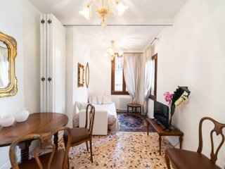 Ca Maria, romantic apt in Venice with Jacuzzi shower