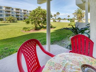 Beautiful Ground Floor Pool View Condo at Colony Reef Club 1111