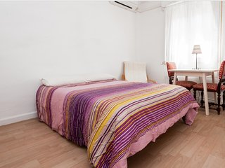 Beautiful cosy 4 bedroom in Madrid (Ventas)