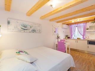 Hedera Estate, Hedera Studio 11