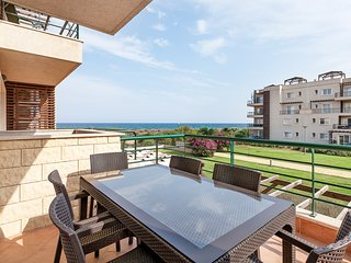 FAMILY SEAVIEW APARTMENT, Northern Cyprus