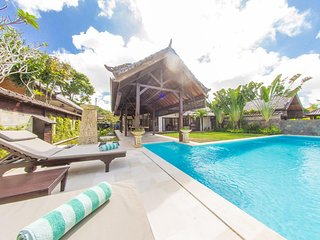 AC 2 Bedroom + 4 Bath Villa with Swimming Pool Access - ********