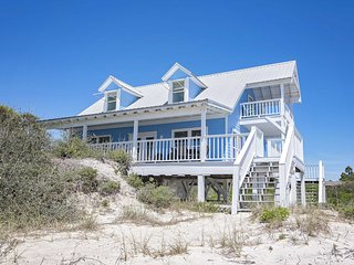 Gulf Front  3 Bedroom ~ Great Location ~ Dune Refuge Beach House ~ Sleeps 10!