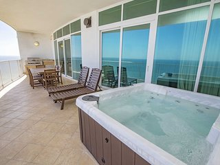 Gulf Front ~ Sleeps 11 ~ Turquoise Place 2102C ~ Balcony Grill/Hot Tub ~ Great A