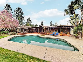 Luxurious Home with Fireplace, Pool & Piano | Near Best Wineries