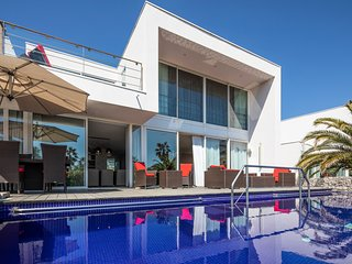 5 bedroom Villa with Pool, Air Con and WiFi - 5049499