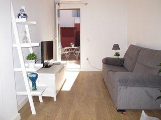 Apartamento 2 dormitorios con terraza, centrico, comodo, a 2 minutos de la playa
