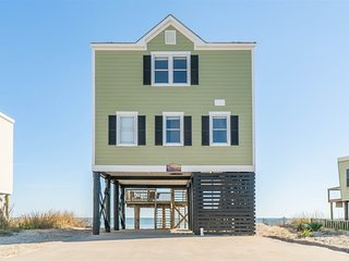 Beachfront Beach House! Sleeps 14