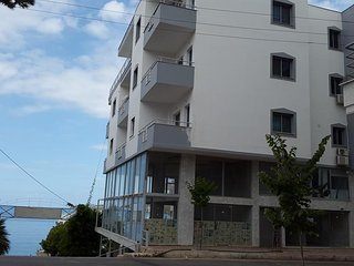Modern apartment with sea view in Saranda No 2