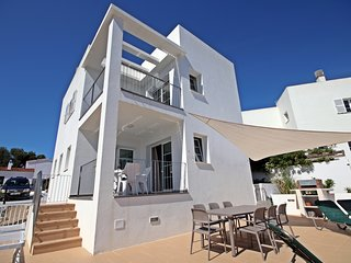 4 bedroom Villa in Cala Galdana