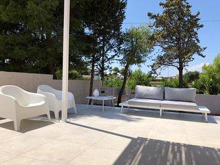 'La Janca'- Casa Mare - in Villa con Piscina panoramica a 2 passi dalla spiaggia