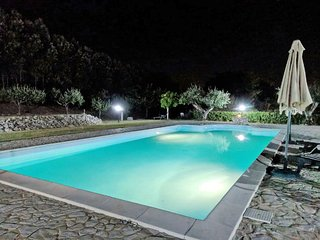 Casette d'Ete Holiday Home Sleeps 4 with Pool and WiFi - 5791184