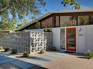 Discounted Summer Rates - Gorgeous Midcentury Modern Gem with Spectacular Views