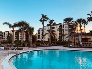 Luxury Spacious 3Bedroom Vacation Villa — Just One Mile to Disney World