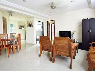 Spacious, Cozy & clean in Orchard near Lucky Plaza