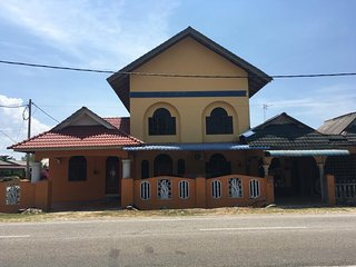 CM Homestay is located in district of Besut,6.3 km to Kuala Besut Jetty