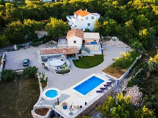Holiday home with Swimming pool,Whirlpool and Sauna
