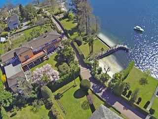 Luxury Lakeside Villa with Private Beach in Locarno