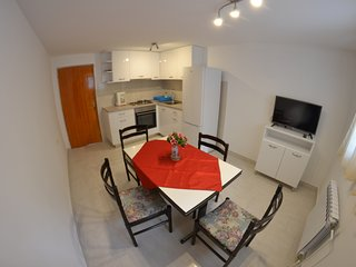 One bedroom apartment in Banjol