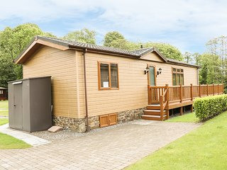 LODGE 79, ground floor, lovely views, in Stepaside, Ref 960354