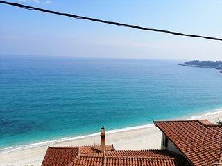 Uranous Blue Luxury Villa Agios Ioannis Papa Nero