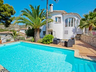 La Tour - pretty holiday property with private pool in Moraira