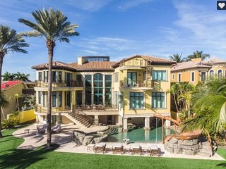 Stunning 5-Bedroom Oceanfront Mansion