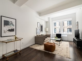 Sonder | 116 John | Dashing 1 BR + Gym