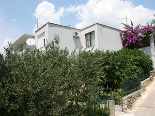 One bedroom apartment Podgora (Makarska) (A-6645-a)