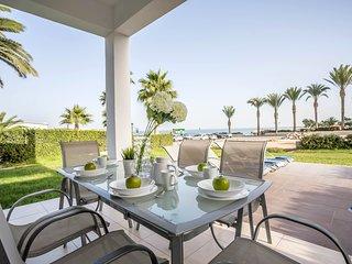 Villa Sorelle Beachfront Townhouse