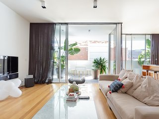 Explore St Kilda Beach from a Luxury Apartment