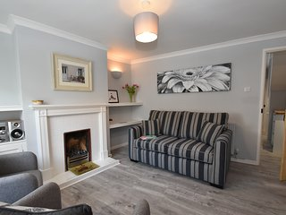 Dolphin Cottage is dog and family friendly, only minutes from the centre of Rye