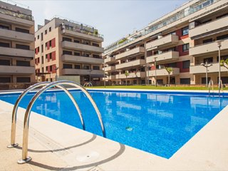 Turo 6. Apartment with swimming pool