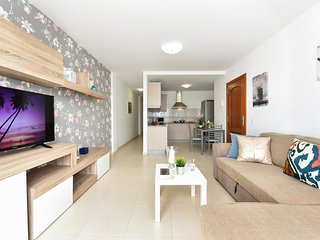 Modern and New Apartment in Arinaga Playa 2A